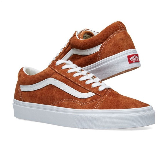 3d01492d681 VANS OLD SKOOL PIG SUEDE LEATHER BROWN   WHITE. M 5c547c3faa57193398c651ea
